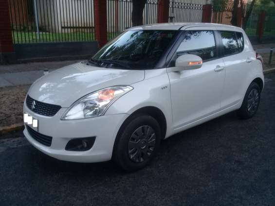 Suzuki swift 2015 full excelente estado