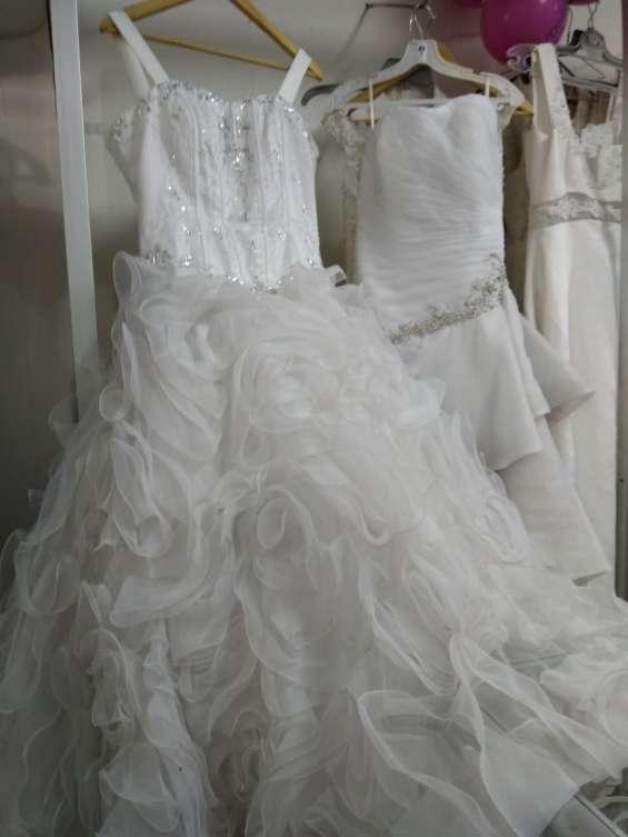 Fotos de Arriendo ,venta ,y confeccion de trajes de novias 5