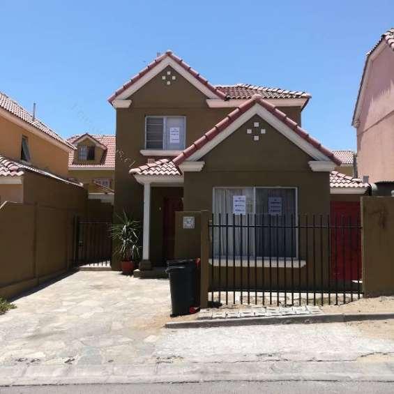 Casa sector norte , condominio , antofagasta