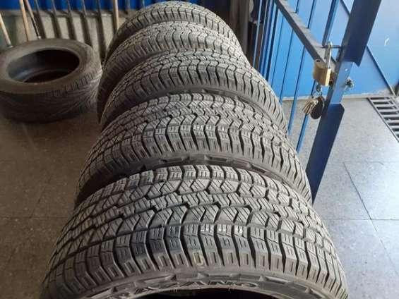 5 neumáticos trazano 265-60-r18 tipo calugón como nuevos.